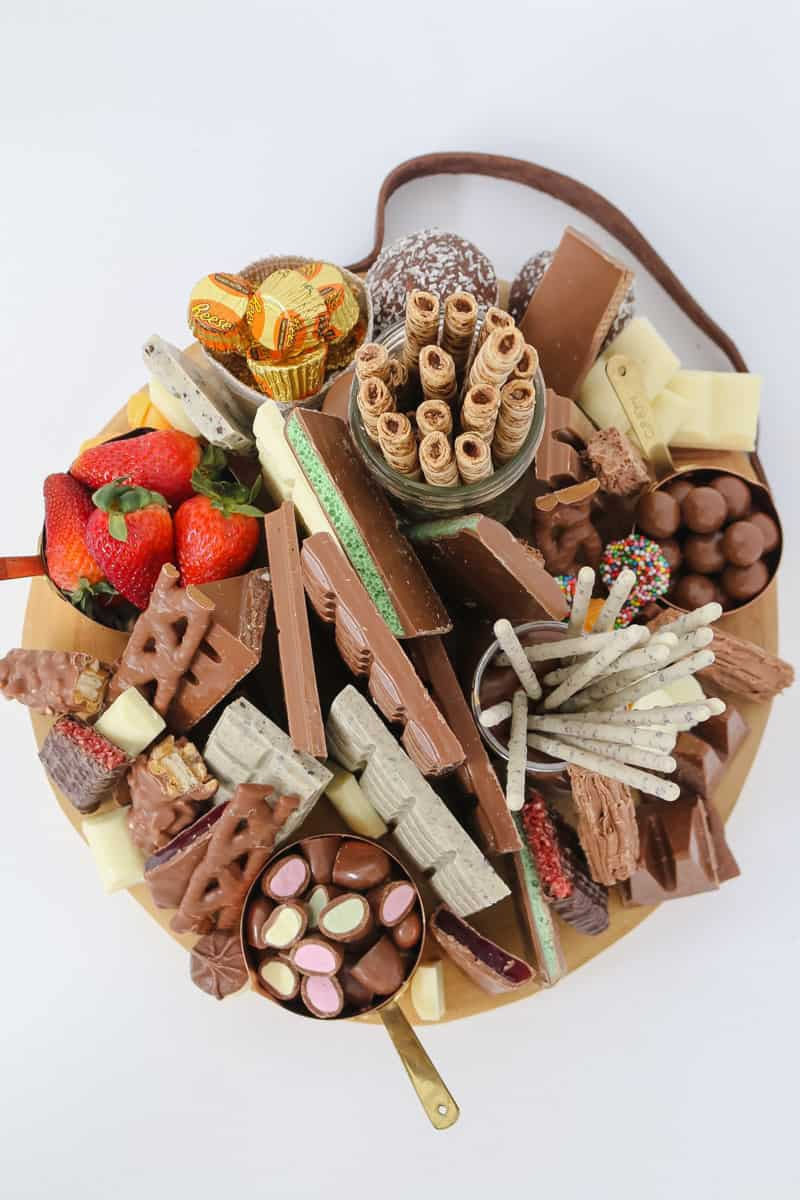 Putting together a Chocolate Grazing Platter has never been so easy... all you need is 5 minutes and a whole lot of your favourite chocolates!!!