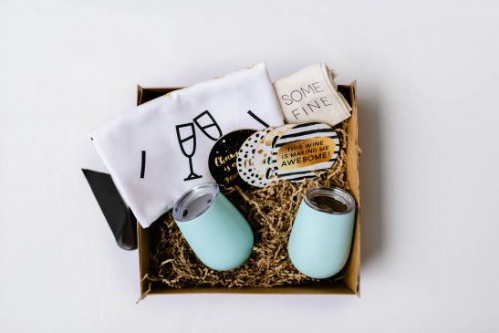 Our Wine Lovers Hamper is unique and oh-so-gorgeous!!! Filled with our stainless steel wine tumblers, tea towel, wine bag and coasters... this is the perfect gift for your friends (or yourself!!!). Available with pink, teal or black wine tumblers.