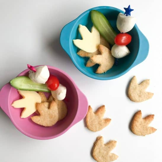 Kids snack bowls with dinosaur shaped paws.
