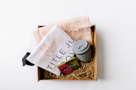 The 'Mumma Loves Coffee' hamper is the perfect gift for a mum in desperate need of her morning caffeine hit! Filled with a Punch eco-friendly reusable coffee cup, a block of gourmet Pana chocolate, our bespoke 'Mum. A Title Above Queen' premium tea towel and a gorgeous Tara Dennis linen apron.