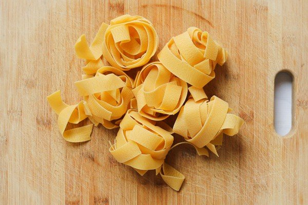 Dried ribbons of pasta.