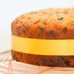 3 Ingredient Christmas Cake