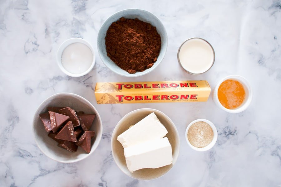 The ingredients for a Toblerone no-bake cheesecake.