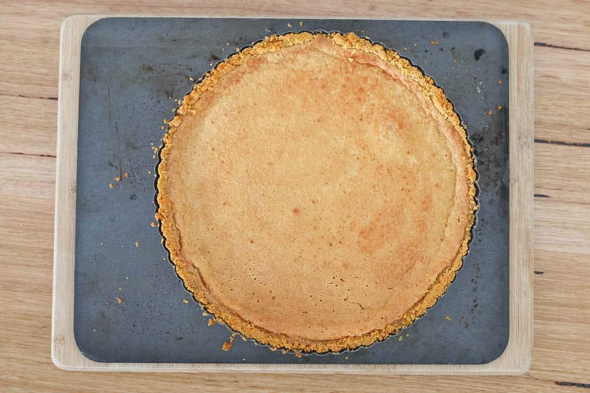 Baked caramel in a tart tin.